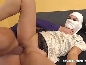 Muslim maid in white gets hardcore richness deeps