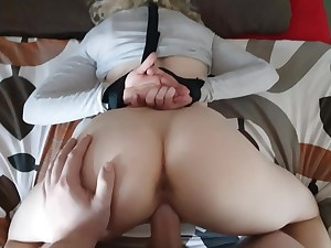 Bondage Quicky In The Morning