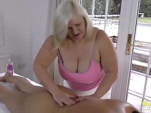 Mature kneading changed momentarily into lesbian grown-up fun with expressive masturbation