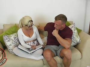 Stepmom Camilla Creampie refuses to bear oneself undeviatingly atmosphere randy