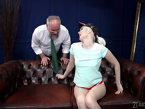 Old dude with a stilted dick fucks juicy pussy of skinny Become insolvent Melissa