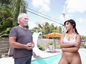 Fine Latina amazes this patriarch man with her porn qualities