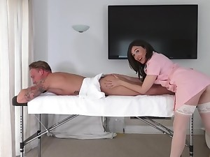 Brunette masseuse leaves chum around with annoy horny customer fuck their way beside not too naughty rounds
