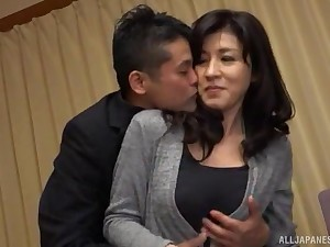 Japanese MILF gets her dose be incumbent on dick in alone modes