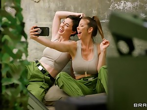 Army girls Alexis Fawx and Olive Glass pleasure without exception other's cravings