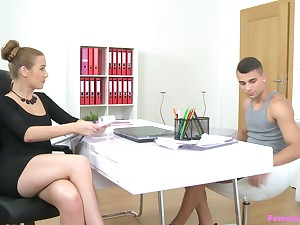 Female agent gets saleable from a big rod and spreads her legs for sex